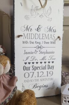 Mr & Mrs Wedding Slate